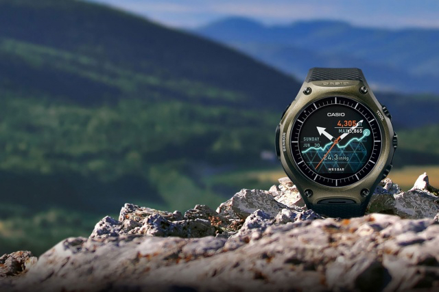 ces-2016-casio-smart-outdoor-watch-wsd-f10-1
