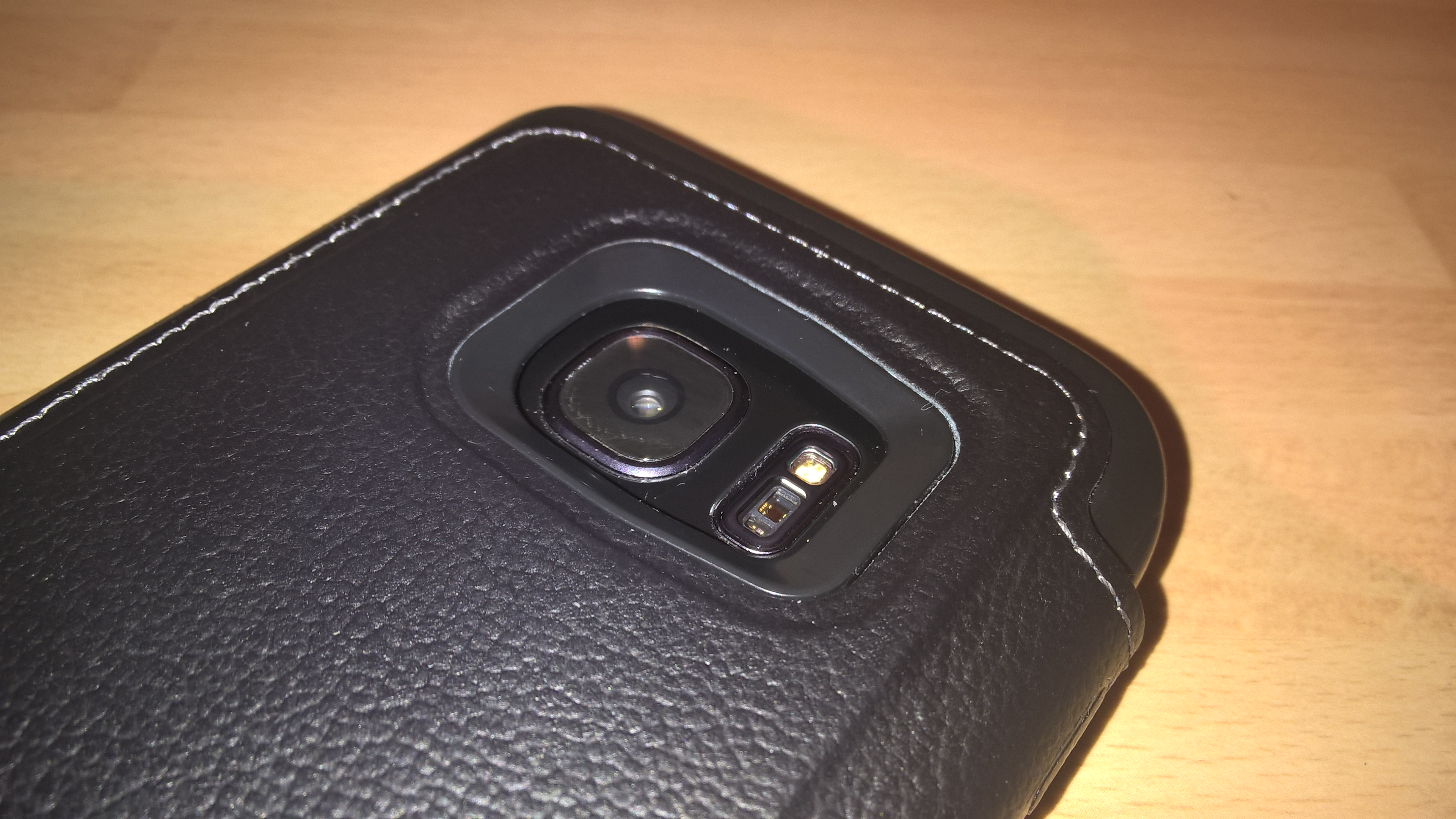 low priced 06c52 52e91 Review – Otterbox Strada Series Leather case for the Samsung Galaxy ...